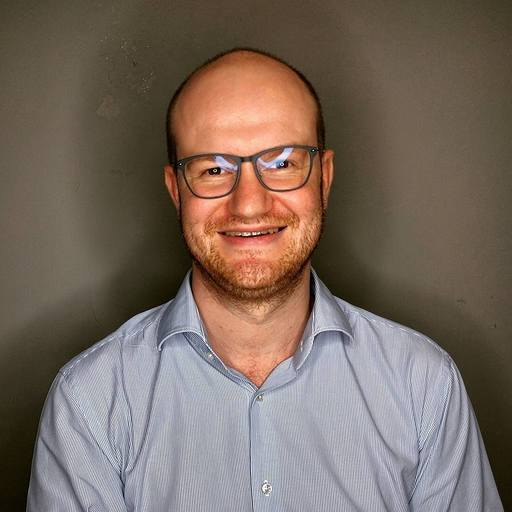 Konstantin Lange博士